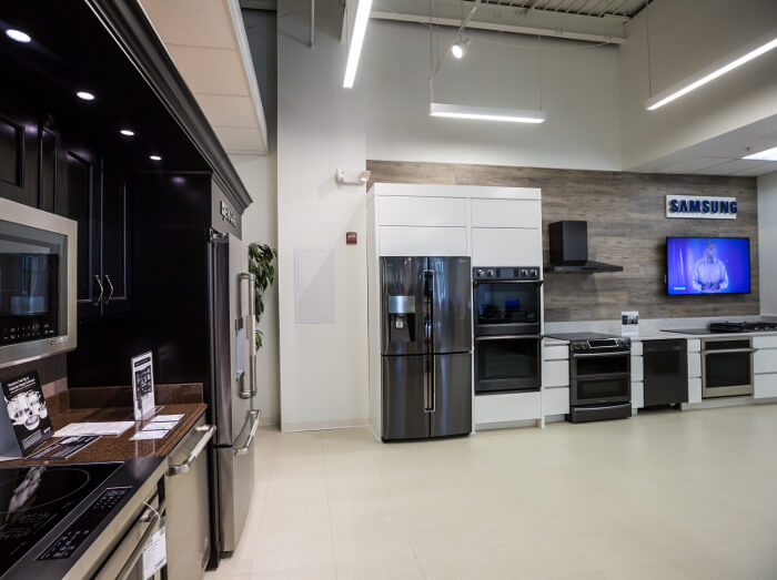 Our Showroom Has Numerous Lifestyle Kitchen Displays Including Thermador Bosch Miele Viking Jenn Air Monogram Electrolux Ge Frigidaire Kitchenaid